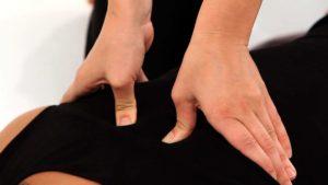 Shiatsu massage dos